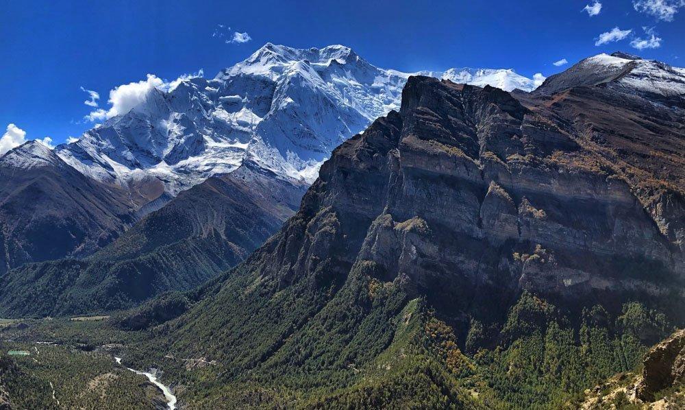 Hiking The Annapurna Circuit of Nepal