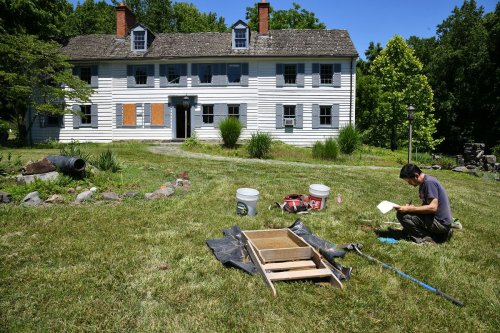 St. Mary's College conducts an archaeological investigation at The Gresham Estate in Edgewater