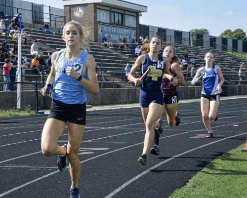 Howard sweeps team titles at 4A East Region track and field championships