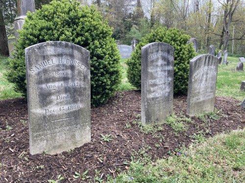 Mysterious Davidsonville grave cleaner discovered as BillionGraves.com amateur genealogist