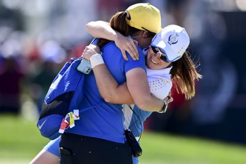 Solheim Cup rookies Leona Maguire and Matilda Castren lead Europe to its 2nd straight victory over the U.S.