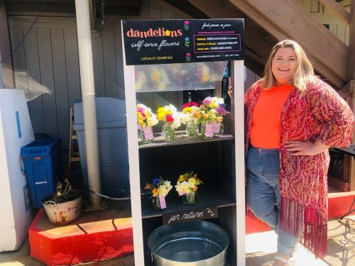 A new stand in Eastport joins the spring flowers of Annapolis