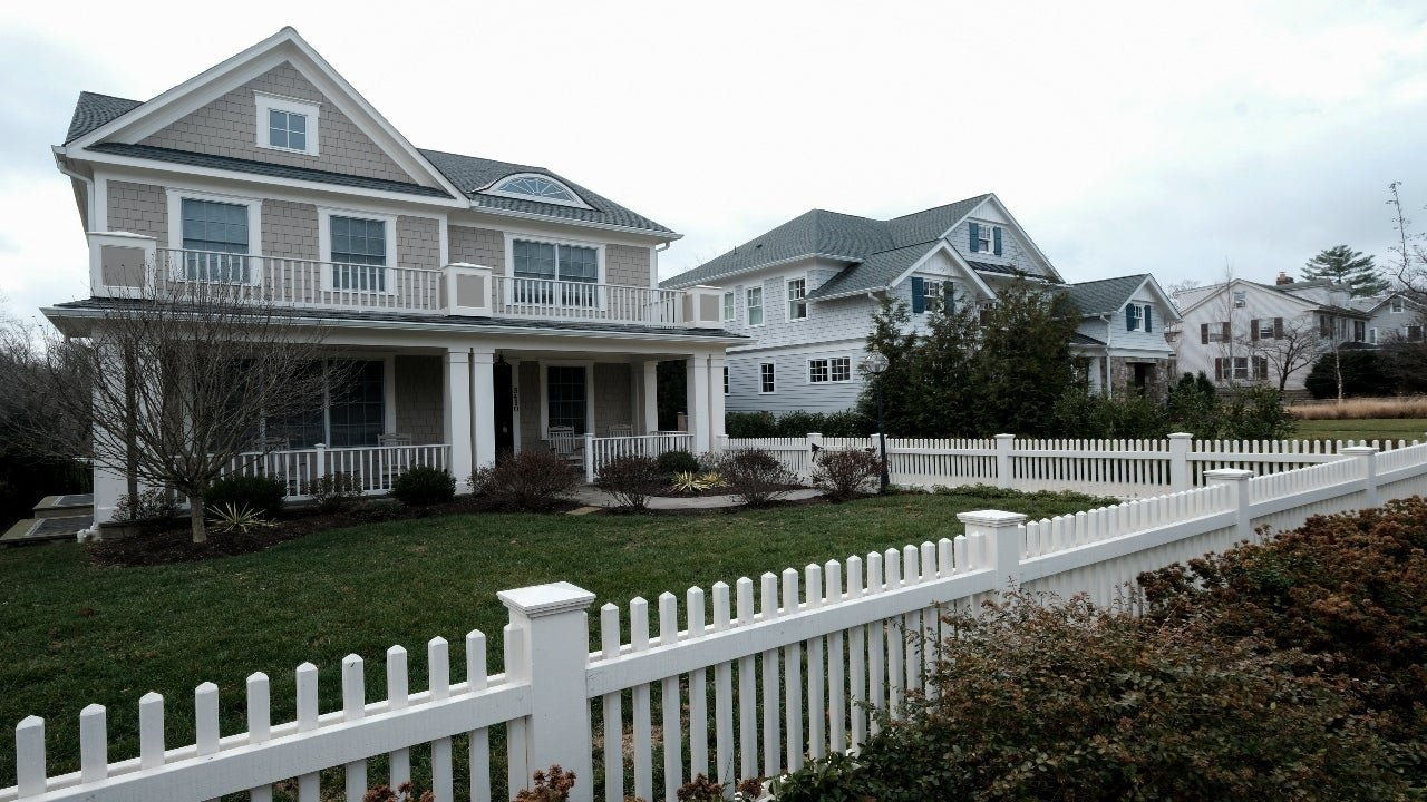 With Mortgage Rates At Record Low, Some Refi Deals Carry Hefty Costs