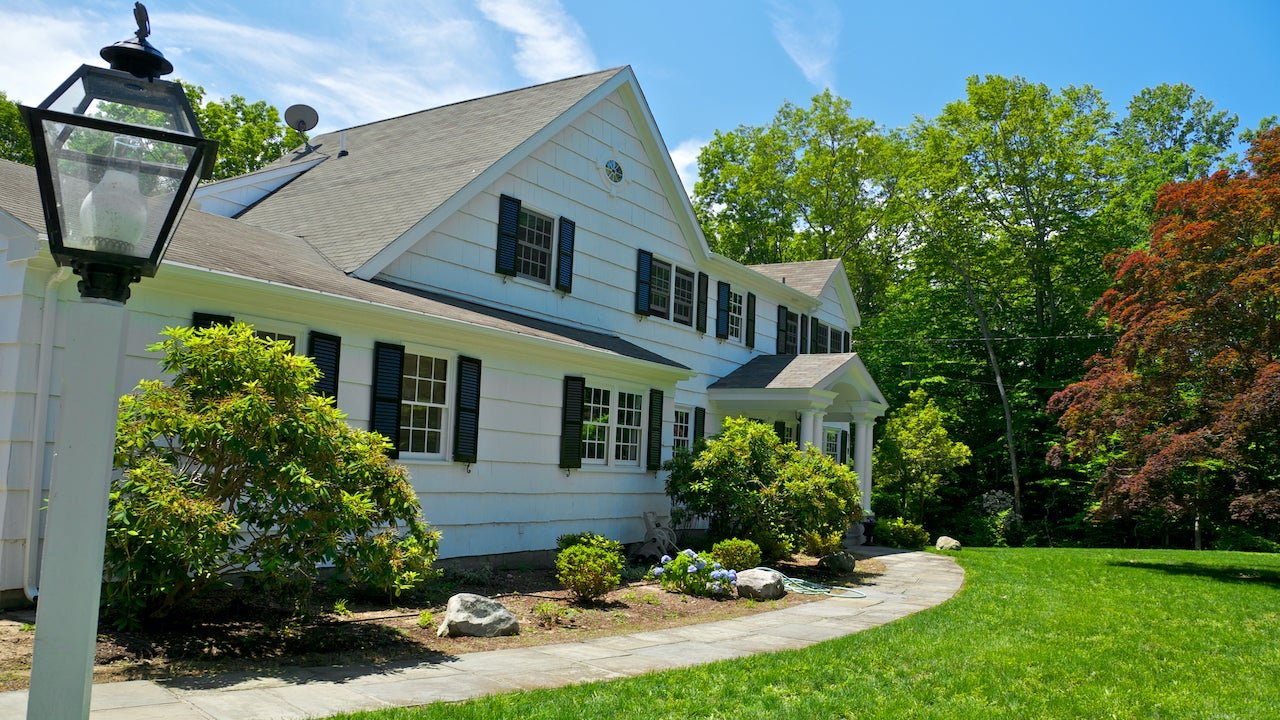 Housing inventory remains low, here's how aspiring homeowners need to adapt
