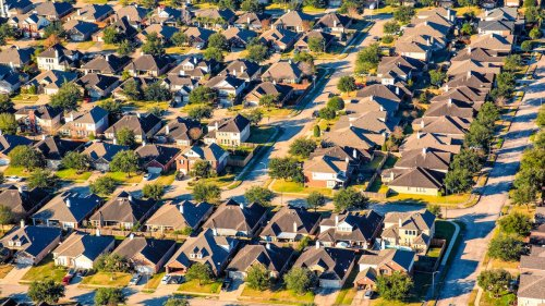 Why Is The Housing Market So Hot? 4 Answers For Homebuyers