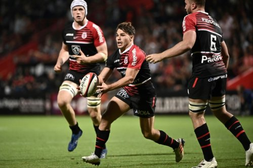 France's Dupont Keeps Toulouse Top With Clermont Win