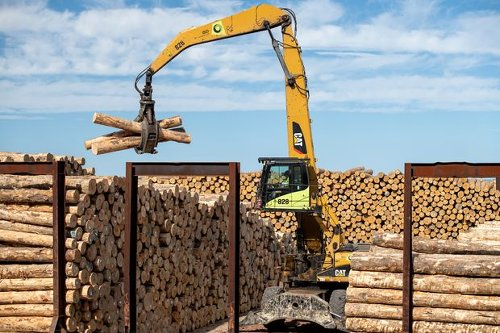 Lumber Prices Are Through the Roof. We Nail the Stocks.
