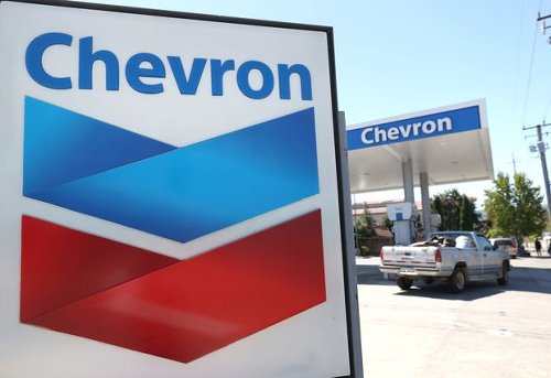 Buy Exxon and Other Big Oil Stocks Instead of Chevron, Goldman Says