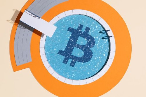 Bitcoin Is Making a Splash. What to Know Before You Test the Crypto Waters.
