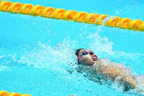 Aussie McKeown Swims Second Fastest 100m Backstroke Ever