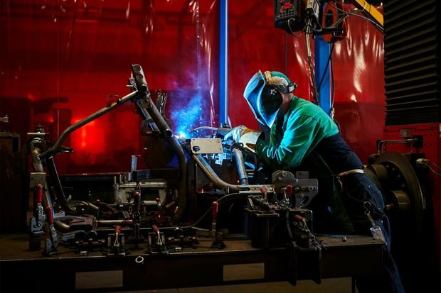 A Small Stock to Play a Big Rebound in U.S. Manufacturing