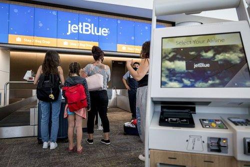 Wall Street Rallies Behind Airlines Despite Some Near-Term Headwinds