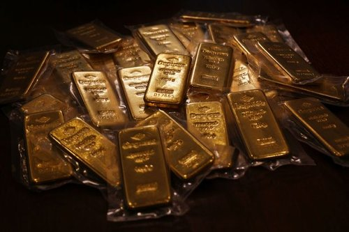 Gold Prices Have Sunk 14%. How the Fed's Policies Could Restore the Metal's Shine.