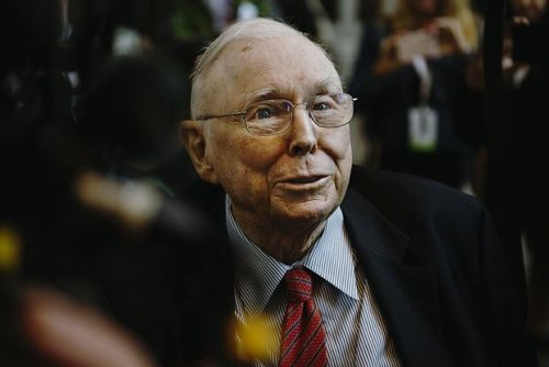 Charlie Munger Prefers Alibaba Stock to Treasury Bills. Here's Why.