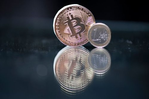 Bitcoin and Other Cryptocurrencies Slump as China Crackdown Continues