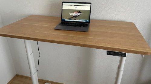 FlexiSpot E8: So schneidet der höhenverstellbare Tisch im Test ab