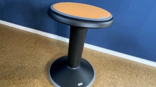 Interstuhl UPis1: Der ergonomische Sitzhocker im Test (+ Gewinnspiel)