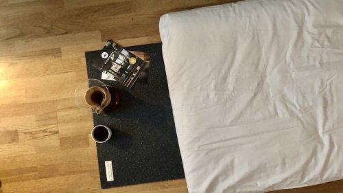 Meditation im Home Office: Die Meditationsmatte von Lotuscrafts im Test