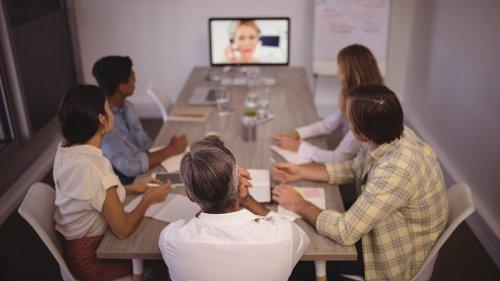 Gut aussehen im Video Call: 10 wertvolle Tipps für dein Erscheinungsbild