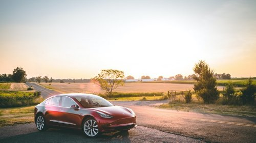 Tesla-Batterie austauschen: Wie teuer ist das eigentlich?