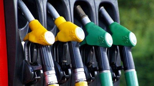 Tankstellen-Shop: Diese 7 Dinge kaufen die Deutschen neben Benzin