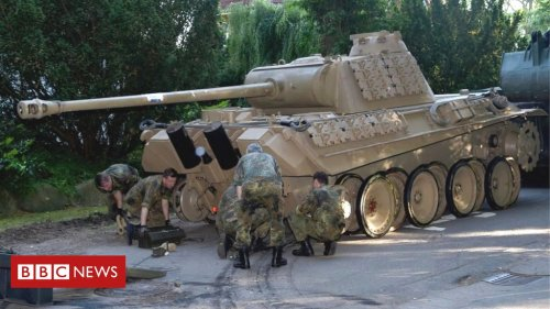 German lawyers wrangle over pensioner's WW2 tank in basement