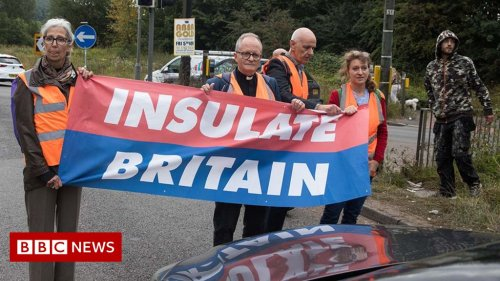 What is Insulate Britain and what does it want?