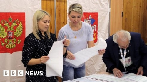Russia election: Putin's party wins election marred by fraud claims
