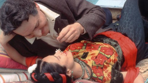 The microcosm and the macrocosm of Frida and Diego - BBC Reel