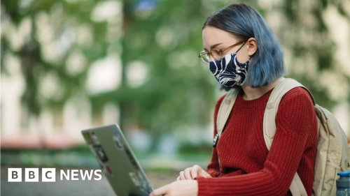 Covid: Many students say their mental health is worse due to pandemic