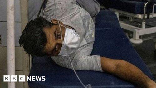 India coronavirus: Desperate Covid-19 patients turn to black market for drugs