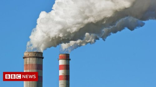 Climate change: UN emissions gap report a 'thundering wake-up call'