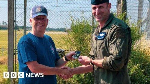 Pilot praises RAF Lakenheath plane spotter for saving his life