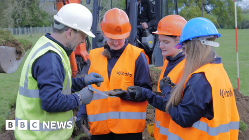World War Two aircraft unearthed by Foyle College students