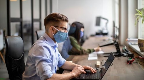Why presenteeism wins out over productivity