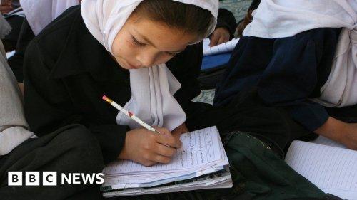 Taliban school ban leaves Afghan girls in the dark