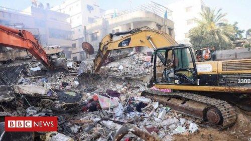 Israel Gaza conflict: Air strike targets Hamas leader