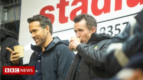 Wrexham 'buzzing' as owners Reynolds and McElhenney watch game