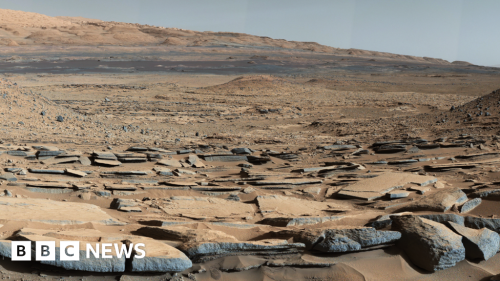 Mars: Vast amount of water may be locked up on planet
