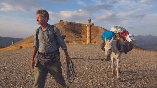 The war correspondent walking the world