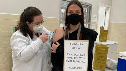 Professora viraliza com homenagem a pai, mãe e avó mortos sem vacina