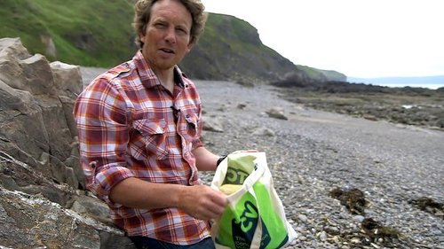 How to clean a beach in two minutes