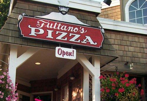 Under an Italian Spell at Oregon Coast's Cannon Beach: Fultano's Pizza