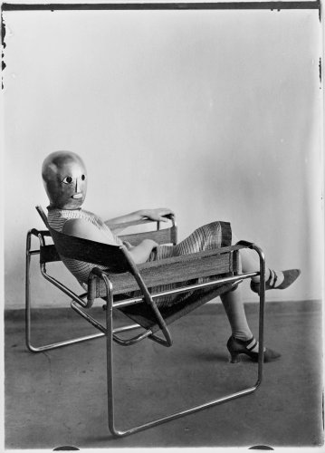 La chaise Wassily : du Bauhaus aux réseaux sociaux