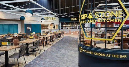 Belfast airport bar closes blaming 'pingdemic' for staff shortages