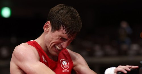 Irish hero Aidan Walsh suffers 'slight ankle sprain' celebrating Olympics win