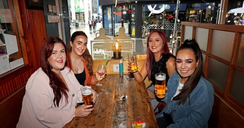 Belfast social pictures as friends kick weekend off with food and drinks