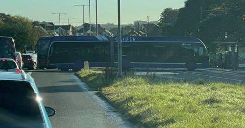 Glider gets stuck during u-turn in Belfast