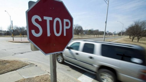 Is short-stopping at an intersection to be the first to go legal or just a 'jerk' move?