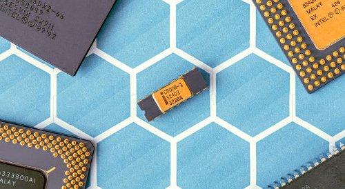 Crisi chip, numeri record per Avnet e Arrow Electronics